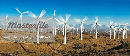 Tehachapi Pass Wind Farm, Tehachapi, Kern County, California, USA