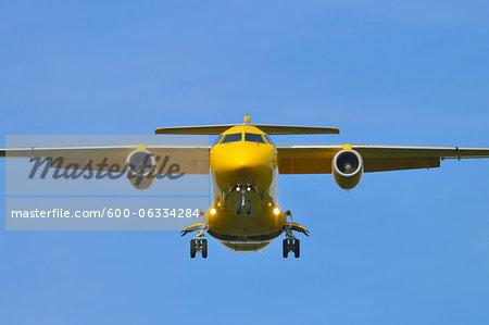Landing airplane at Airport Frankfurt/Main, Hesse, Germany, Europe