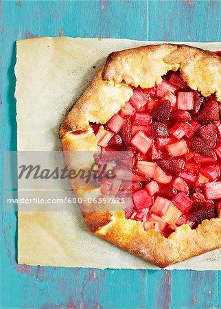 Overhead View of Strawberry Rhubarb Pie