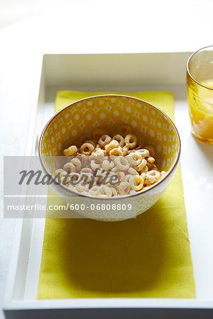 Bowl of Oat Circle Cereal, Studio Shot