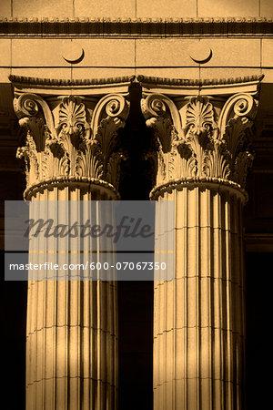 Two Corinthian Pillars, Chamber of Comerce, San Francisco, California, USA