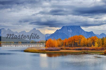 Oxbow Bend on Snake River with Mount Moran in Autumn, Grand Teton Mountains, Grand Teton National Park, Jackson, Wyoming, USA
