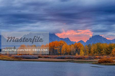 Oxbow Bend on Snake River with Mount Moran in Autumn at Sunset, Grand Teton Mountains, Grand Teton National Park, Jackson, Wyoming, USA