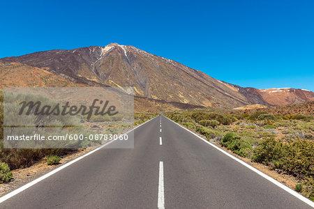 Road with Pico del Teide Mountain, Parque Nacional del Teide, Tenerife, Canary Islands, Spain
