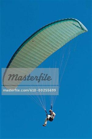 Reunion, Paraglider