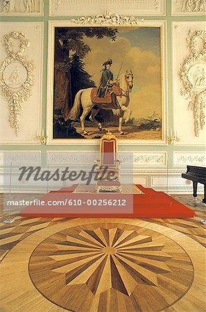 Russia, Saint Petersburg, Throne room inside Peterhof Palace