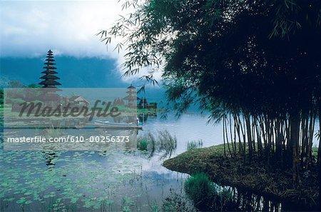 Indonesia, Bali, Lac Bratan temple