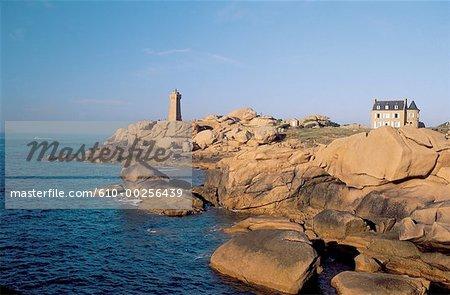 France, Brittany, Ploumanach, pink granite coast
