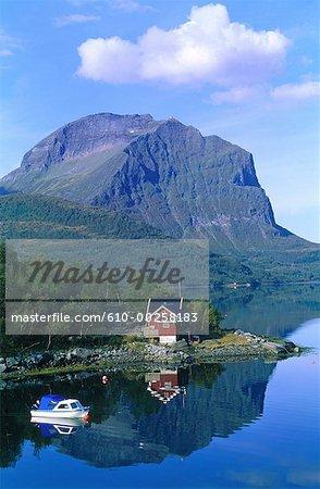 Norway, Nordland, coastal landscape around Gildeskäi