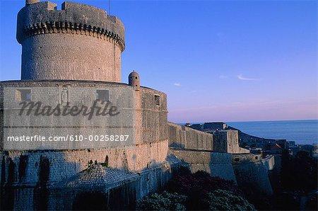 Croatia, Dubrovnic, Theminceta fortress at dusk