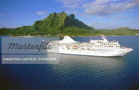 French Polynesia, Windward Islands, cruise on the ship Paul Gauguin
