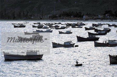 Vietnam, Dailand harbour