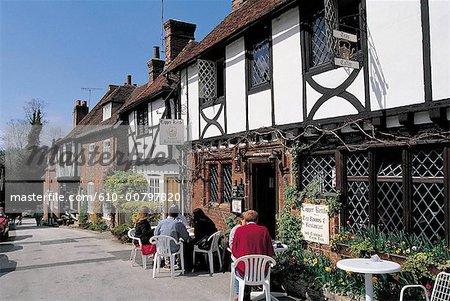 England, Kent, Chilham, terrace of a pub.