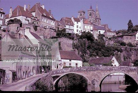 France, Burgundy, Semur-en-Auxois