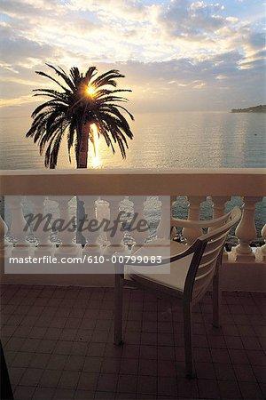 France, French Riviera, Beaulieu-sur-Mer, sunset