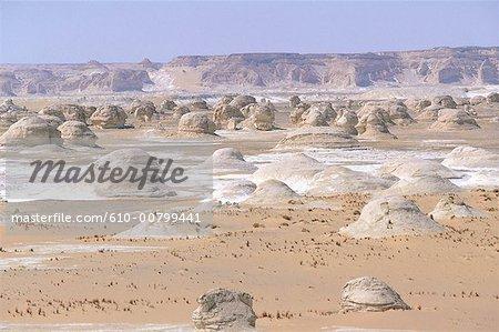 Egypt, White desert, near Farafra oasis