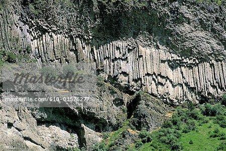 Armenia, Vorotnavank, columnar jointed basalt