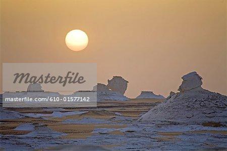 Egypt, Libyan desert, the white desert, sunset