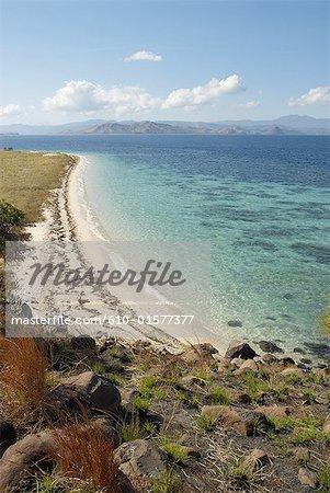 Indonesia, Flores, Lubuanbajo bay, Pulau Sebolan, beach