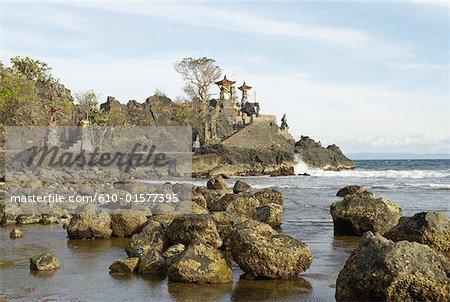 Indonesia, Lombok, Senggigi, Batu Bolong Temple
