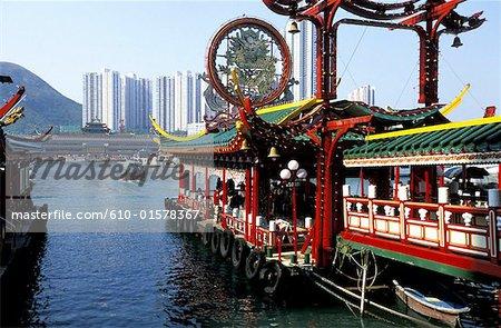 China, Hong Kong, floating restaurant in Aberdeen Bay