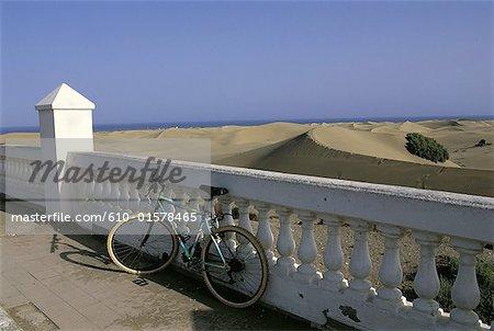 Spain, Canary Islands, Gran Canaria, Maspalomas, bike