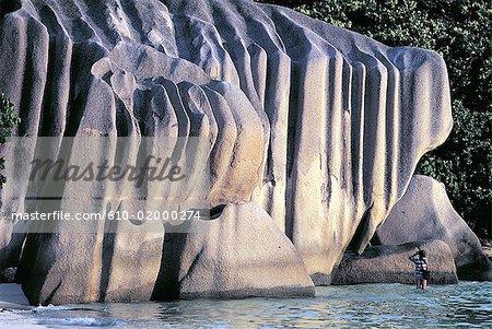 Seychelles, La Digue, Anse Source d'Argent, granite rocks