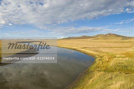 China, Sichuan, south of Hongyuan, landscape, rivers and plains