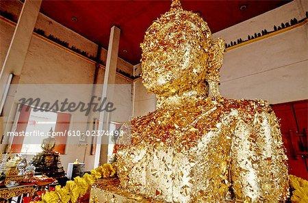 Thailand, Bangkok, Erawan shrine, gilted buddha