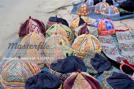 Vietnam, Sappa, hats.