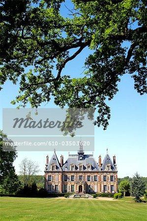 France, Centre, Nogent le Roi, castle