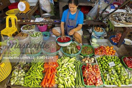 Thailand, in the direction of Bangkok, Maeklong station, in the market, vegetables