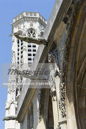 France, Paris, church of saint germain l'auxerrois, gargoyles
