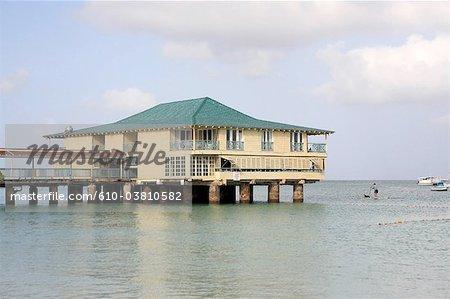 Barbados, Carlisle Bay, boarding