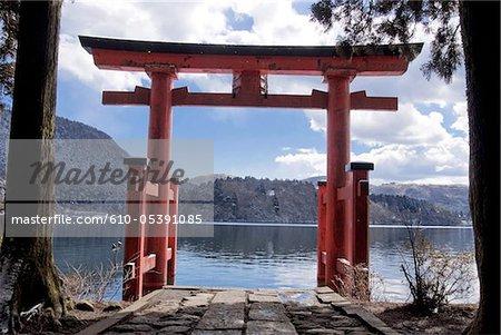 Japan, Hakone, lake Ashi, Hakone Gongen temple, torii