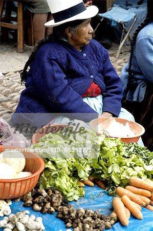 Peru, Pisac, market, woman