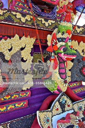 Indonesia, Bali, Ulun Danu Bratan temple, statue