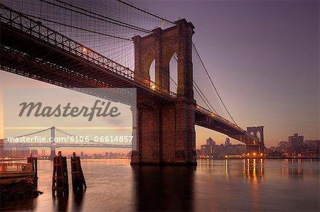 Brooklyn Bridge, sunrise