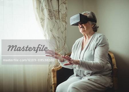 Senior woman using an oculus rift