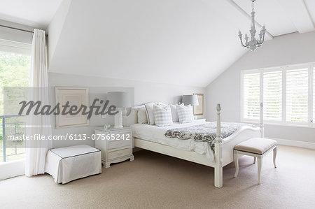 White luxury bedroom