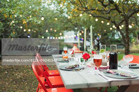 Dinner garden party table
