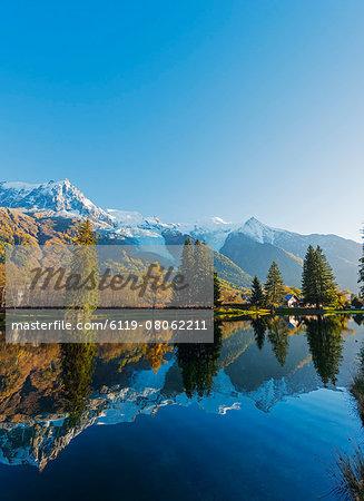 Lacs des Gaillands, Chamonix Valley, Rhone Alps, Haute Savoie, France, Europe