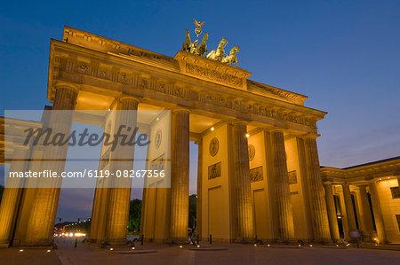 The Brandenburg Gate with the Quadriga winged victory statue on top illuminated at night, Pariser Platz, Berlin, Germany, Europe