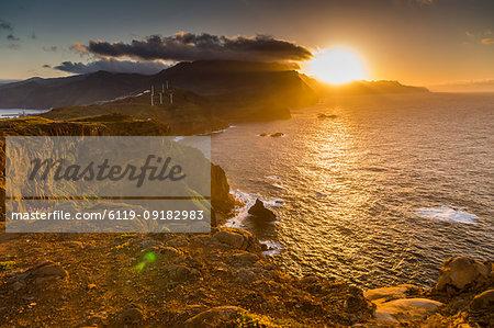 Rocky coast at the Ponta da Sao Lourenco at sunset, Eastern tip of the island, Madeira, Portugal, Atlantic, Europe