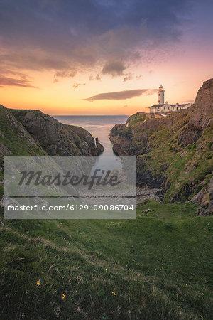 Fanad Head (Fánaid) lighthouse, County Donegal, Ulster region, Ireland, Europe. Sunrise at Fanad Head Lighthouse