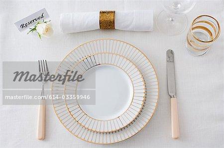 Restaurant place setting