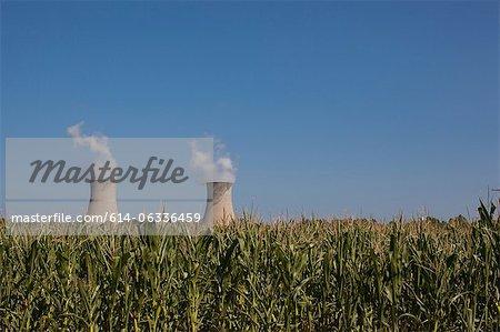 Fermi 2 beyond a corn field, Enrico Fermi Nuclear Generating Station, Monroe, Michigan, USA