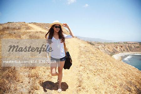 Young woman on coastal path Palos Verdes, California, USA