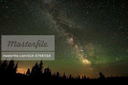Milky way and shooting star, Osoyoos, British Columbia, Canada