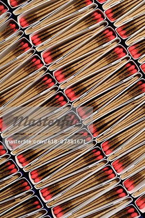 Packs of matches, diagonal